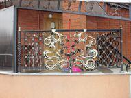 балконное кованое ораждение с орхидеями